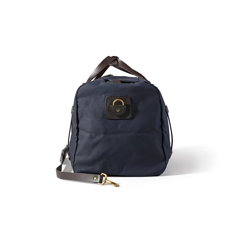 Filson. Small Duffle Bag Navy c6315f3f705ea