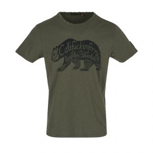 Johnson-Motors-T-Shirt-MMTS180022TG-Bear-With-It-Trench-Green-01_0172_